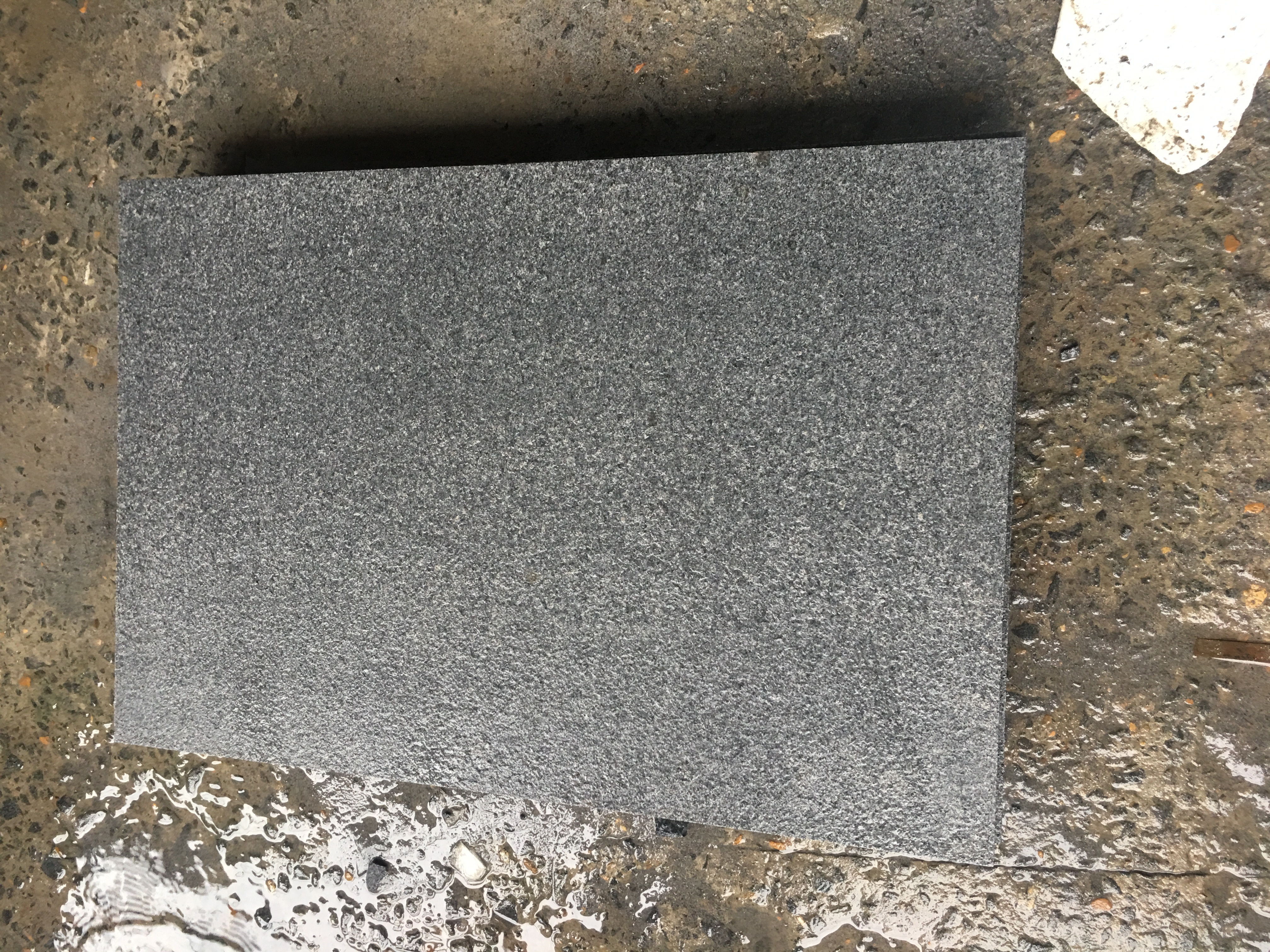 Dark Grey Granite G654 Paving Slabs 900x600 Pack Henan
